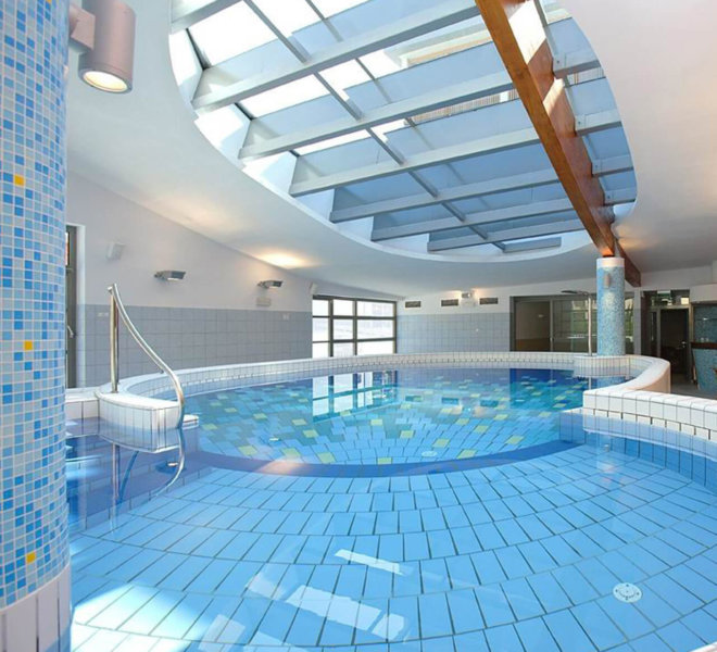 Best Western Premier Hotel Lovec Schwimmbad
