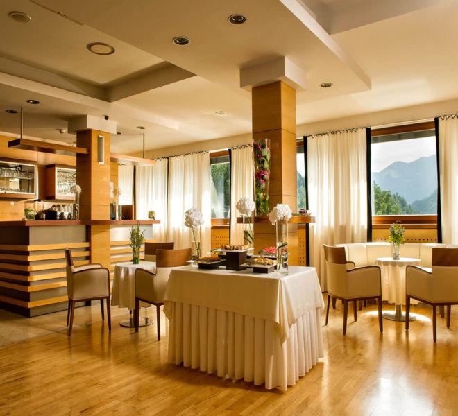 Best Western Premier Hotel Lovec Frühstücksbereich
