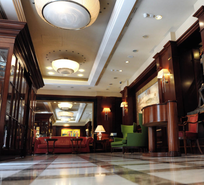 Best Western Premier Hotel Astoria Lobby