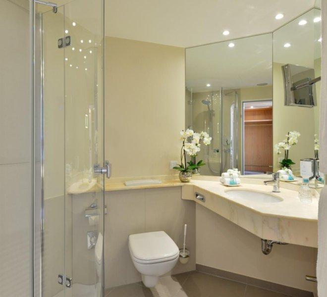 Best Western Premier Alsterkrug Hotel Badezimmer