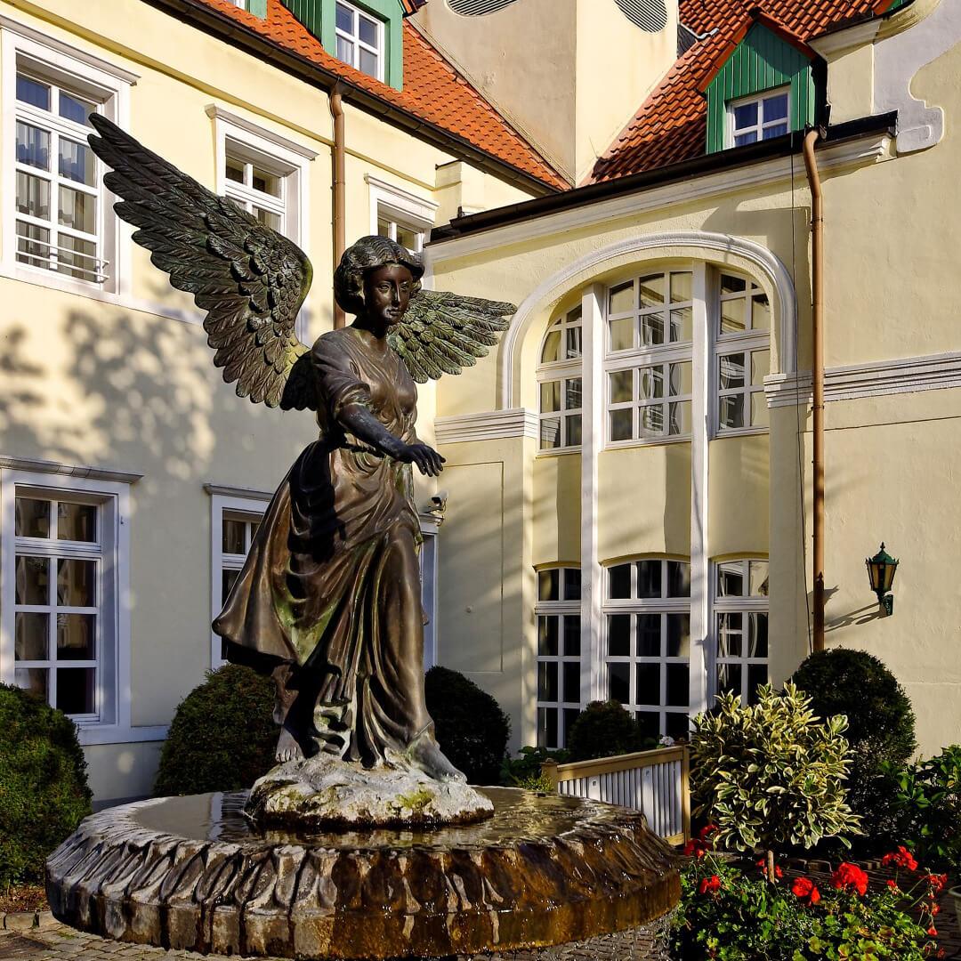Best Western Premier Parkhotel Engelsburg Innenhof