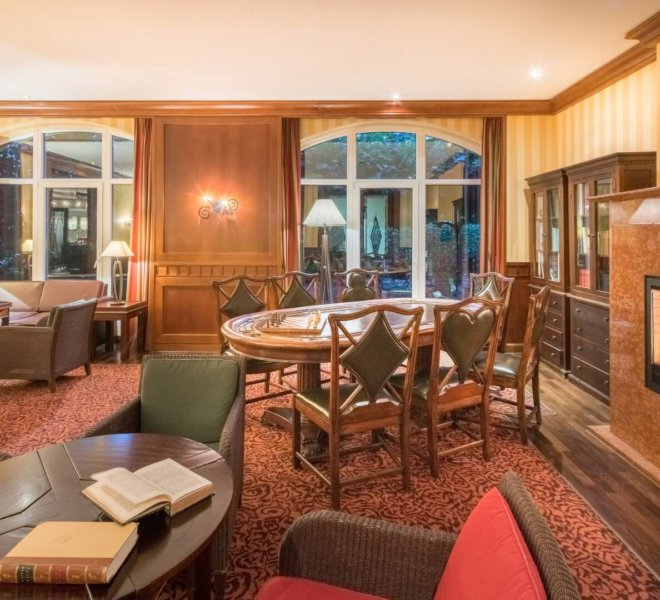 Best Western Premier Castanea Resort Hotel Lounge