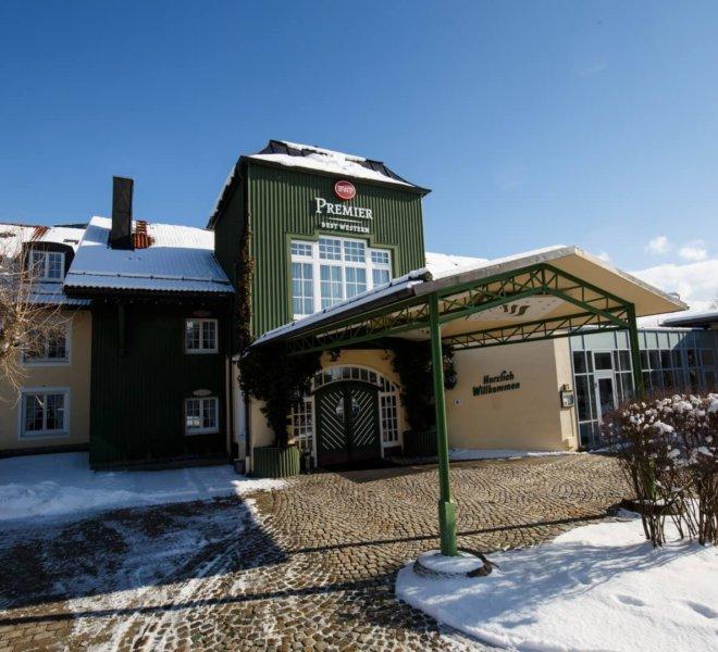 Best Western Premier Bayerischer Hof Miesbach Außenansicht