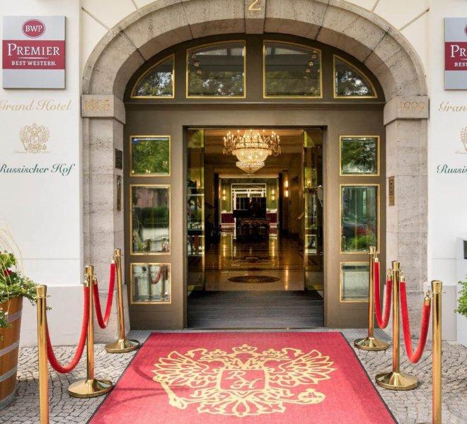 Best Western Premier Grand Hotel Russischer Hof Eingangsbereich