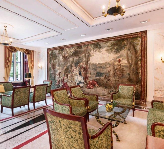 Best Western Premier Grand Hotel Russischer Hof Lounge