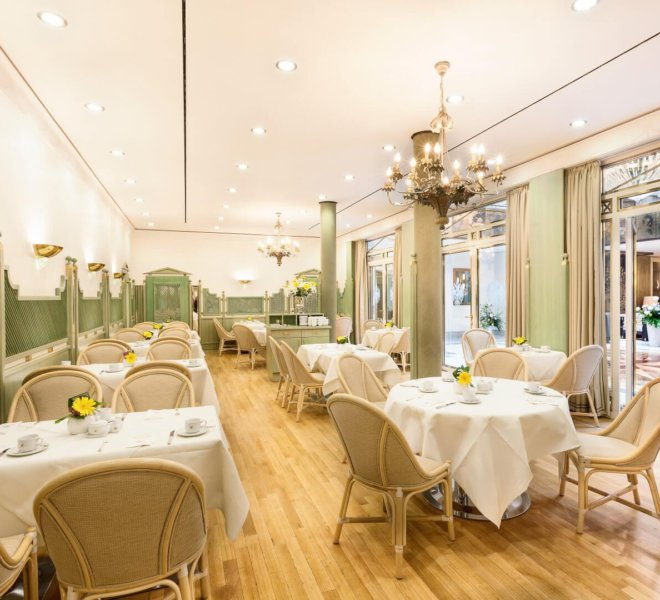 Best Western Premier Grand Hotel Russischer Hof Restaurant