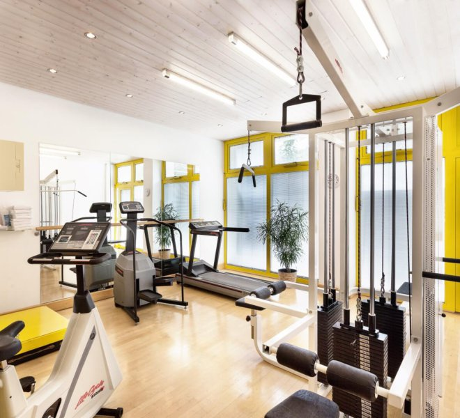 Best Western Premier Grand Hotel Russischer Hof Fitnessbereich