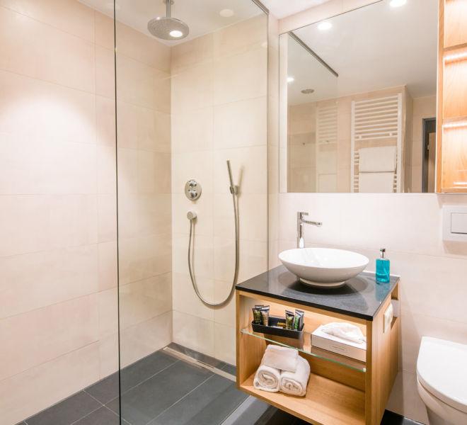 Badezimmer im Best Western Premier Central Hotel Leonhard