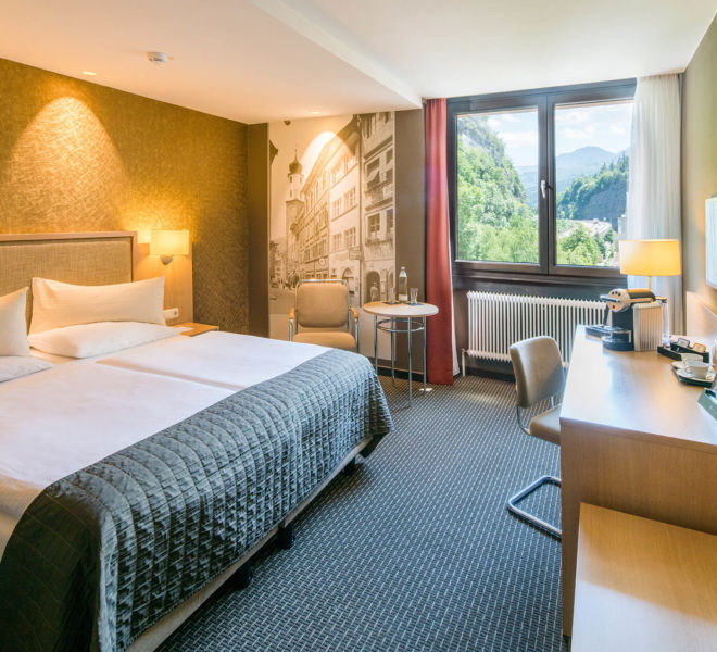 Zimmer mit Ausblick im Best Western Premier Central Hotel Leonhard