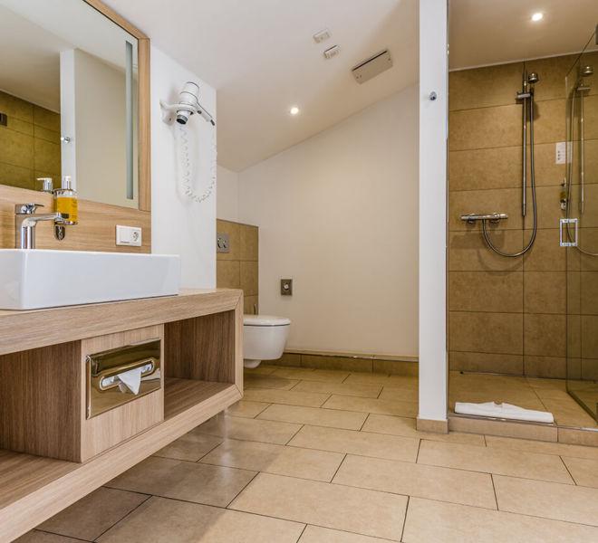 Badezimmer im Best Western Premier Seehotel Krautkrämer