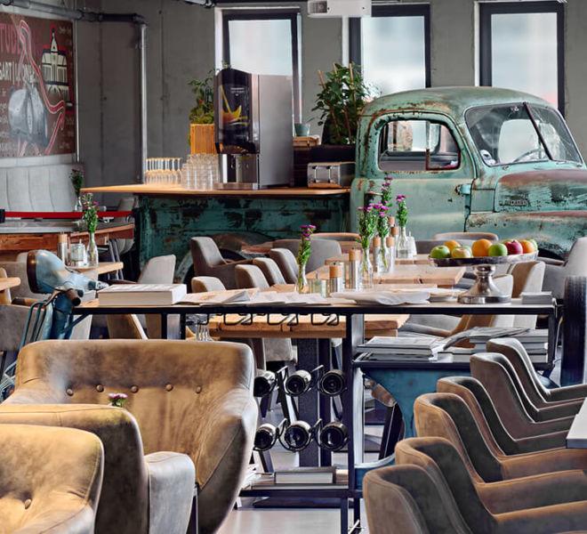 Bistro im Restaurant im V8 Hotel Motorworld Region Stuttgart